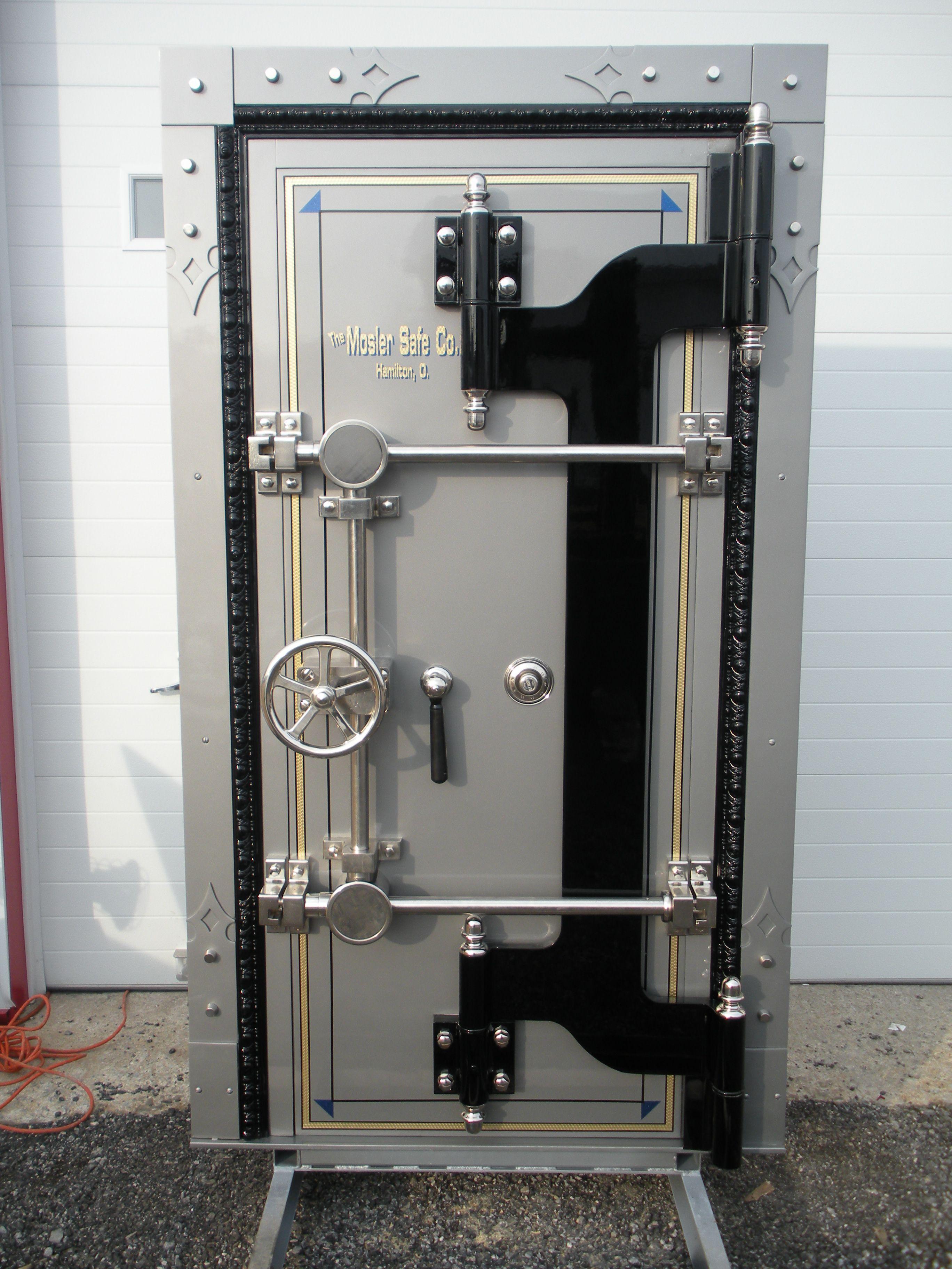 Door vault vault door mosler safe company for Vault rooms